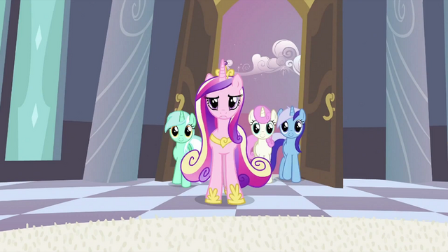 File:Cadance coming in S2E25.png