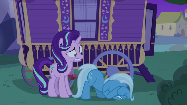 File:Trixie hiding her eyes and trembling with fear S6E25.png