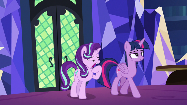 File:Starlight Glimmer yawning S6E21.png