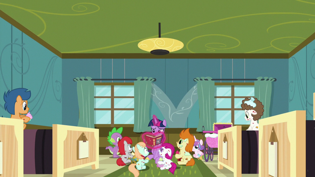 File:Twilight reading in the foals' hospital room S7E3.png