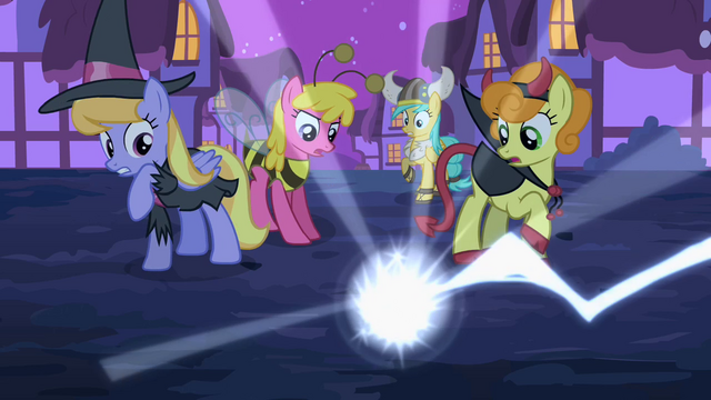 File:Zapping toy spider S2E04.png