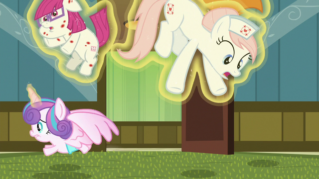 File:Flurry Heart levitates Redheart into the air S7E3.png