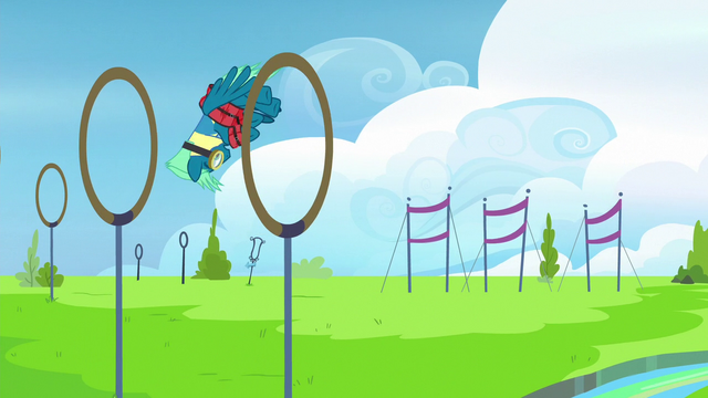 File:Sky Stinger flies clumsily through rings S6E24.png