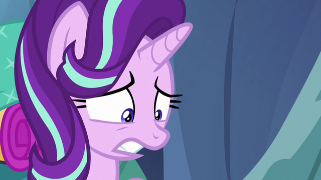 "File:Starlight Glimmer ""without magic"" S6E26.png"