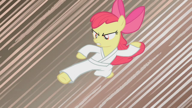 File:Apple Bloom doing karate S1E12.png