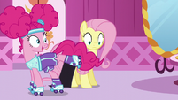 "Pinkie ""a robber escaping into the night!"" S5E21"