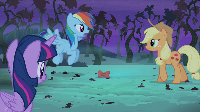 "File:Rainbow Dash ""your whole crop will be gone"" S4E07.png"