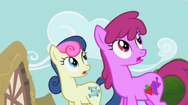 File:Sweetie Drops and Berryshine look at Rainbow Dash S2E8.png