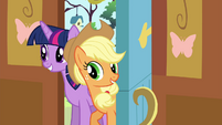 Twilight and Applejack enter the cottage S4E16