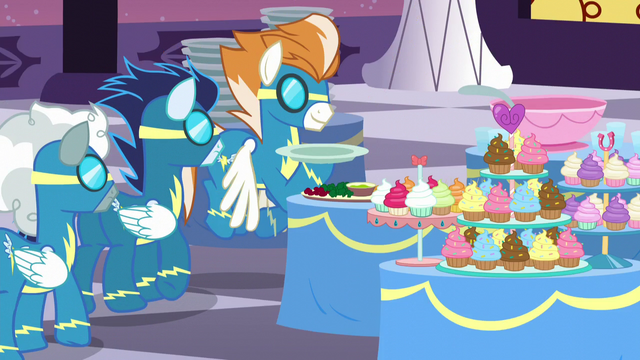 File:Wonderbolts queue up to get their plates S5E15.png