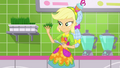 Applejack holding grass in her hand SS9.png