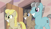 More ponies join Starlight S5E1