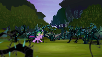 Twilight galloping into Everfree Forest S4E02