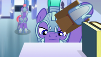 Royal guard searches for Thorax on a bookshelf S6E16