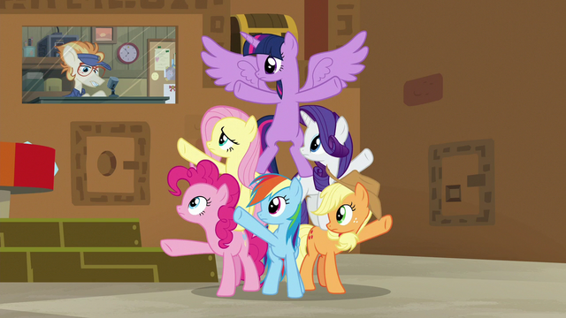 File:Attendant Pony interrupts the Mane Six S7E2.png