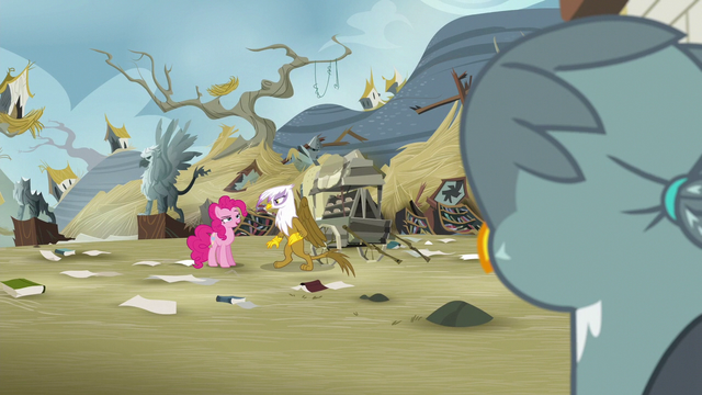 File:Gabby looking at Pinkie Pie and Gilda S6E19.png