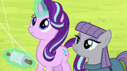 Starlight Glimmer and Maud Pie fly kites S7E4.png
