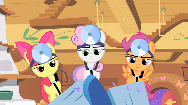 File:Cutie Mark Crusaders hammering S1E17.png