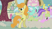 Golden Harvest points at Twilight S01E03.png