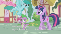 Sprinkle Medley flies past Twilight and Spike S1E06