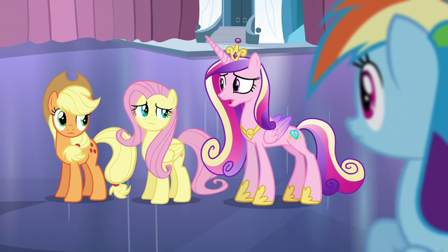 "File:Cadance ""We don't want to start a panic"" S6E2.png"