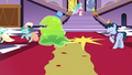 Lyra and Sprinkle Medley run away from the Smooze S5E7.png