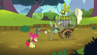 Pest pony at his cart S5E04
