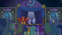 Trixie presents Starlight to the crowd S6E6