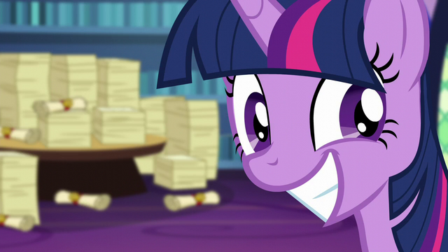 File:Twilight Sparkle's over-eager smile S6E1.png