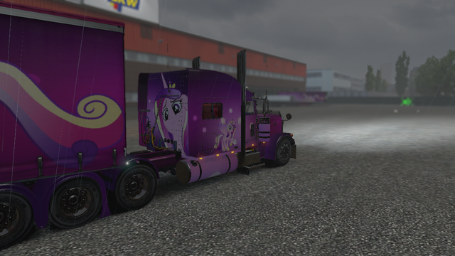 File:FANMADE ETS2 Pete 389 Custom - Princess Cadance Skin 4.png