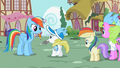 Ponies waiting for an autograph 2 S02E08.png