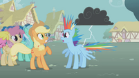 Rainbow Dash hit by lightning S01E06