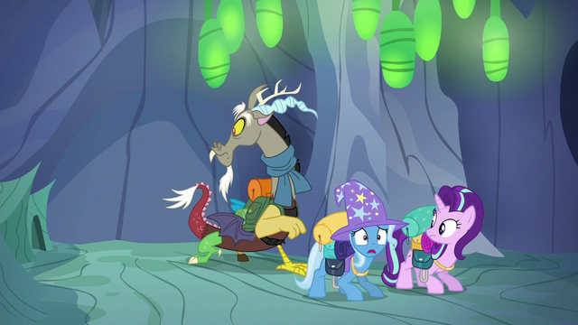 "File:Trixie ""where's the way out?"" S6E25.png"