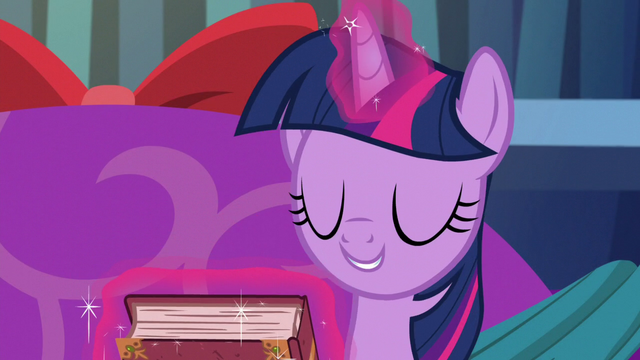 File:Twilight closes the book S06E08.png