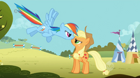Rainbow Dash Applejack face-to-face 2 S1E13