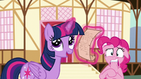 Twilight excited about scavenger hunt prize S5E19