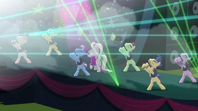 """File:Countess Coloratura sings """"Here to impress"""" S5E24.png"""
