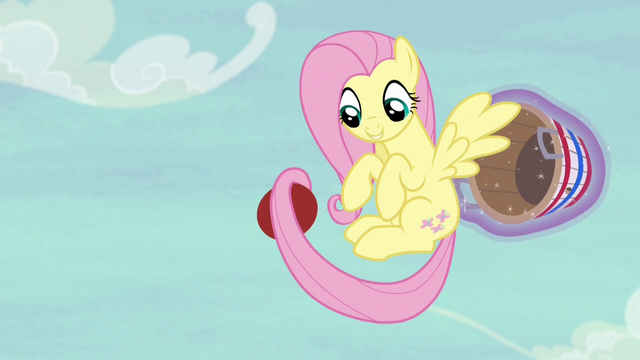 File:Fluttershy catches the ball yet again S6E18.png