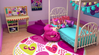 Pinkie Pie texting on her bed EGM1