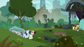Rarity and Coco return to the park S5E16.png
