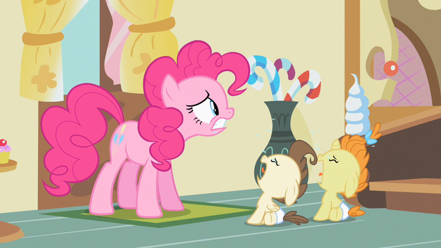 File:Pinkie Pie think of something S2E13.png
