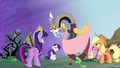 Discord dries himself off S4E01.png