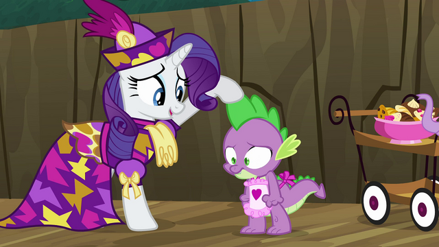 File:Rarity stroking Spike's spine S2E21.png