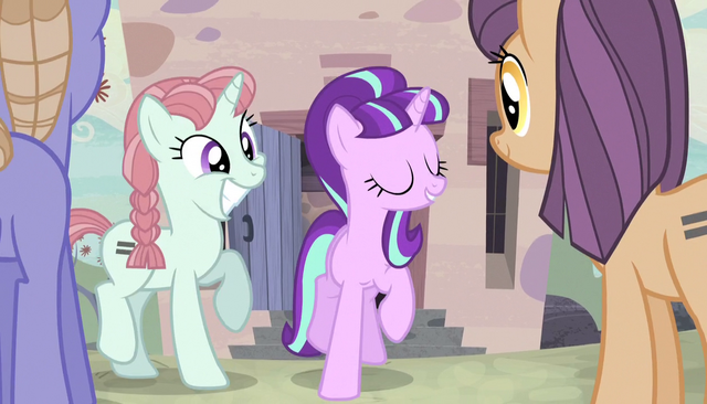 File:Starlight directing the unmarked ponies S5E1.png