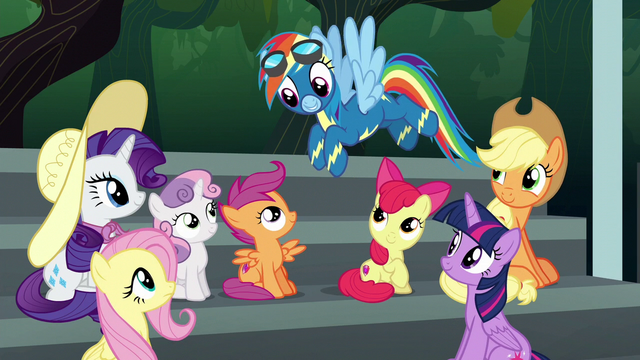 File:Rainbow Dash greets her friends S6E7.png