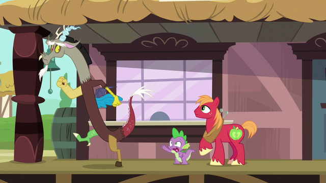 File:Spike stops Discord from leaving S6E17.png
