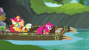 Apples frozen and Pinkie humming S4E09.png