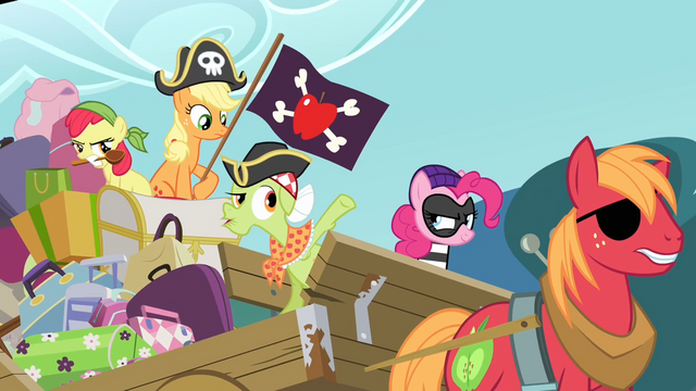 File:Pinkie Pie in bandit clothing S4E09.png