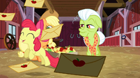 Apple Bloom leaping in joy S3E08