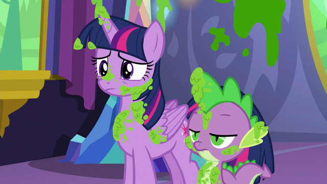 File:Twilight and Spike covered in mashed peas S7E3.png